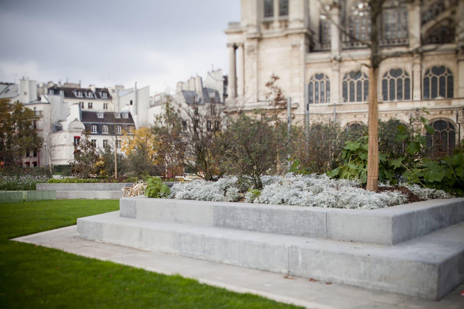 réaménagement des Halles de Paris. livraison du jardin partie nord-ouest.
