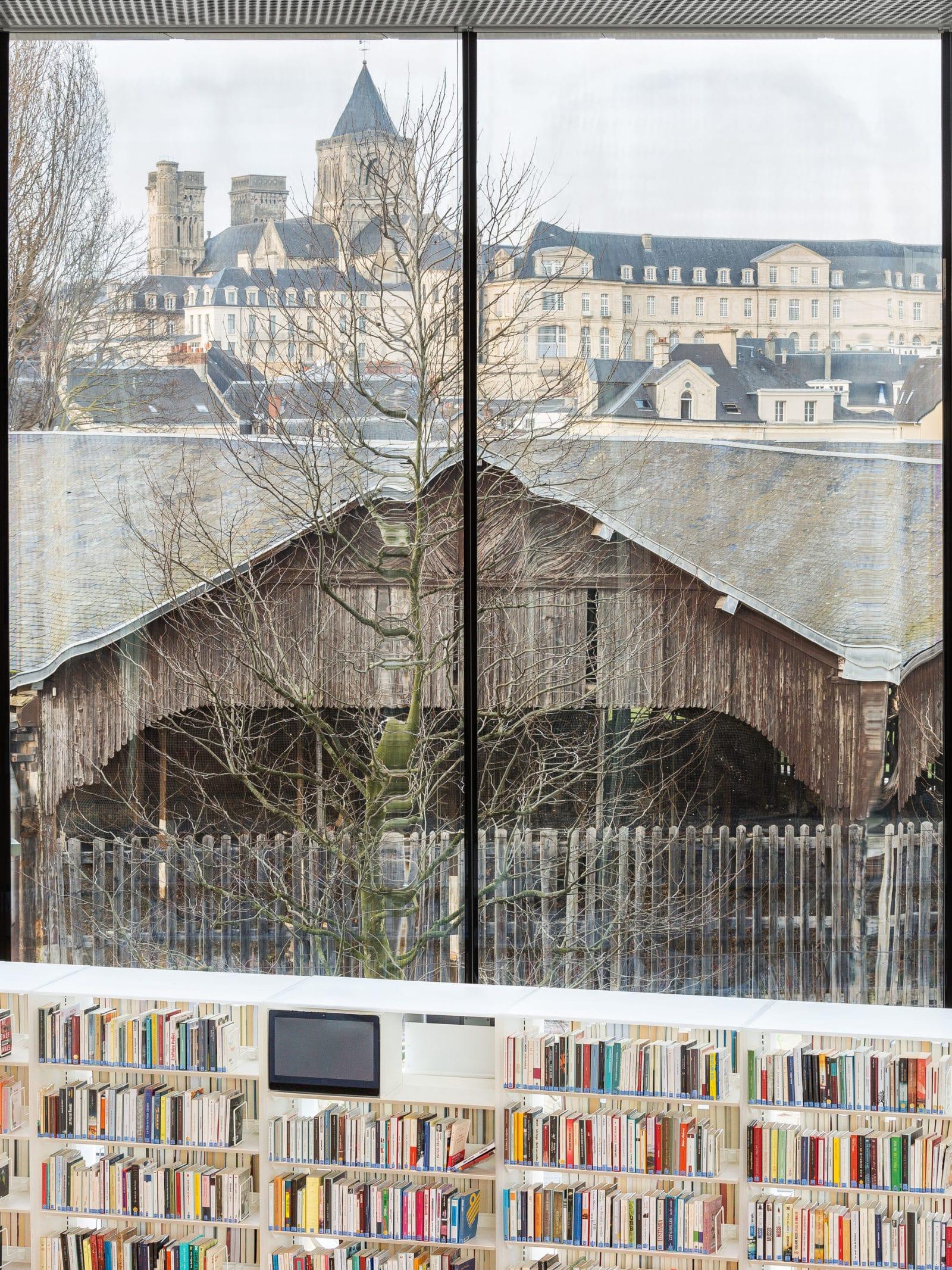 02_Bibliothèque Alexis de Tocqueville_ Photo by Delfino Sisto Legnani and Marco Cappelletti